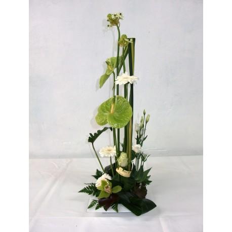 composition hauteur blanc vert nectoux fleurs. Black Bedroom Furniture Sets. Home Design Ideas